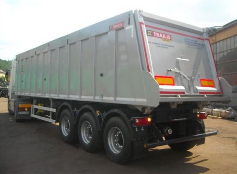 Trailis  D-654