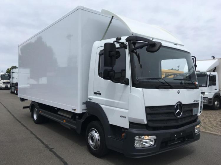 Mercedes-Benz  Atego818