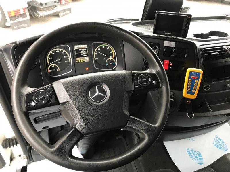 Mercedes-Benz  1221 l Atego